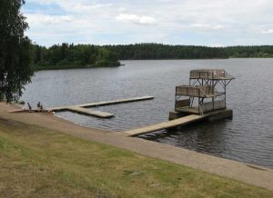 Badplats med Brygga.
