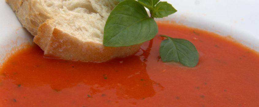 Gazpacho och bröd