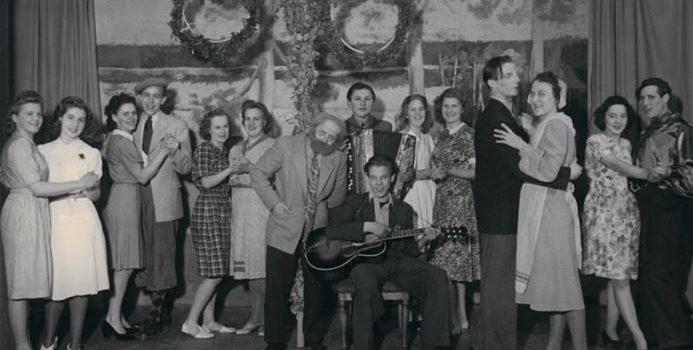 IOGT-loge 505, Allmänt väl i Flen. Revyn Från år till år, 1945. Foto: Gösta Eklöf